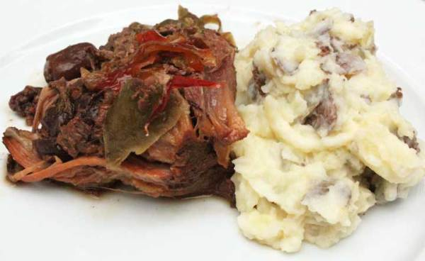 slow cooker pork shoulder